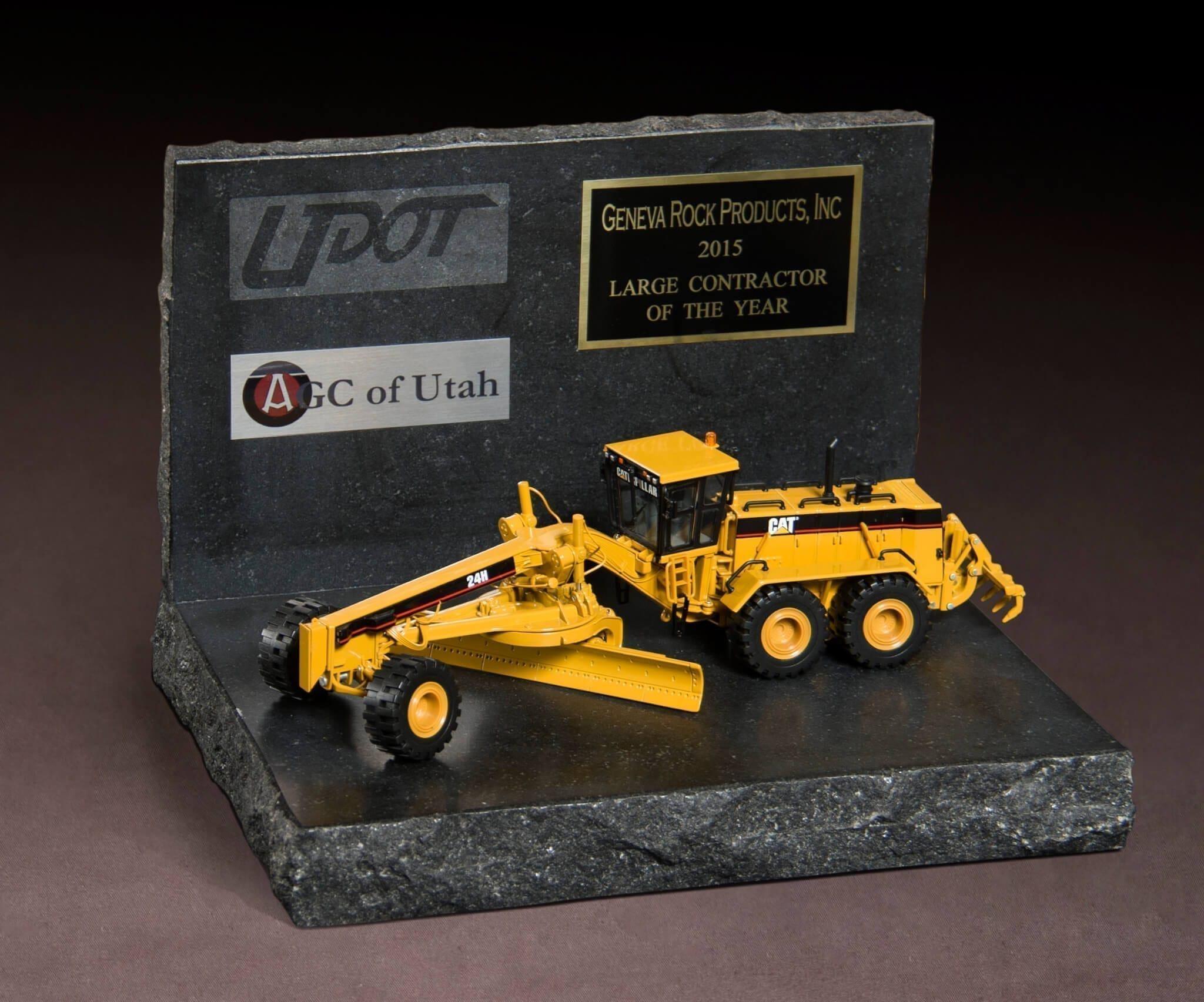 UDOT & AGC of Utah 2015 Large Contractor of the Year